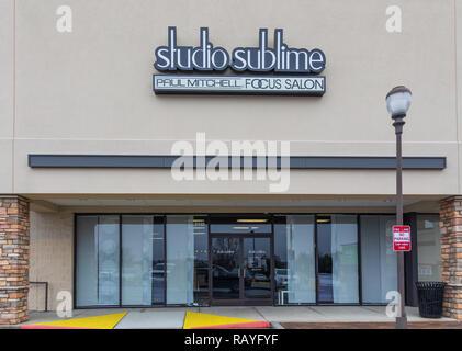 HICKORY, NC, USA-1/3/19: Studio Sublime, a Paul Mitchell Focus Salon. - Stock Image