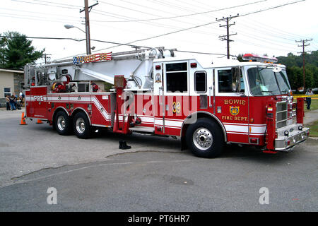 A tower fire truck in Bowie, Md - Stock Image