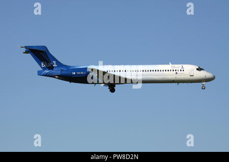 Finnish Blue1 Boeing 717-200 with registration OH-BLJ on short final for runway 14 of Zurich Airport. - Stock Image