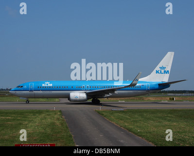 PH-BXH KLM Royal Dutch Airlines Boeing 737-8K2(WL) - cn 29597 3 - Stock Image