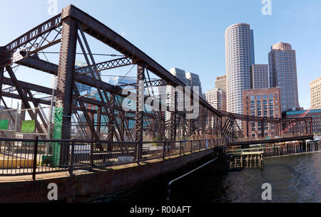 Panoramic view of the Northern Avenue Bridge,  that spans Fort Point Channel Boston, Massachusetts - Stock Image