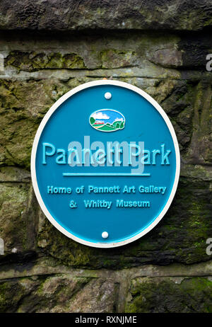 Blue Plaque in Bagdale Whitby commemorating Pannett Park home of the Pannett Art Gallery and Whitby Museum - Stock Image