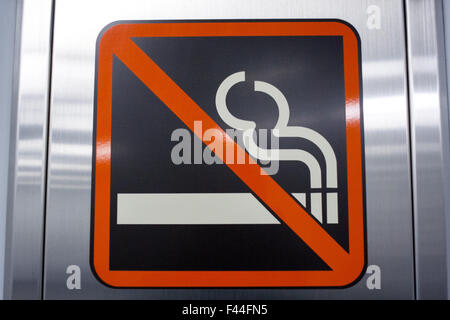 No smoking cigarette sign - Stock Image