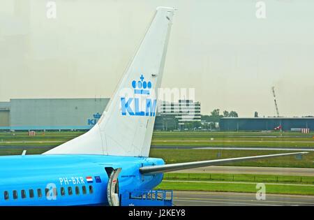 Boeing 737-900 in Shipool international airport, Amsterdam, Netherlands - Stock Image