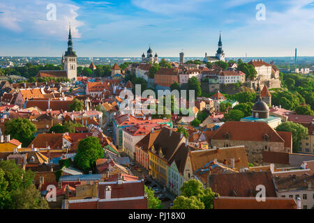 Tallinn cityscape, view across the roofs of the medieval Old Town quarter towards Toompea Hill, Tallinn, Estonia. - Stock Image