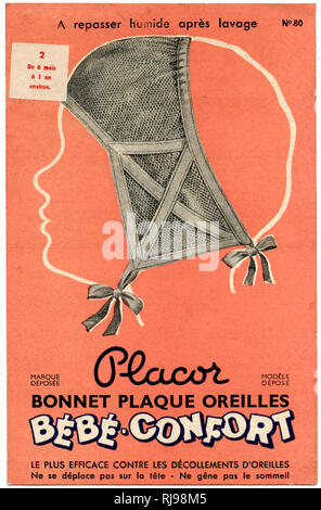 'Bonnet Plaque Oreilles' intended to prevent the child's ears from being detached (decollement d'oreilles) or possibly to cure sticking out ears? - Stock Image