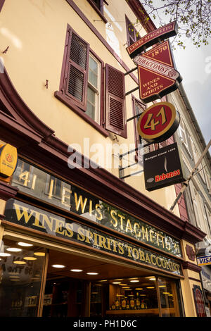 Gibraltar, Main Street, Lewis Stagnetto Wine, spirit and tobacconist's shop - Stock Image