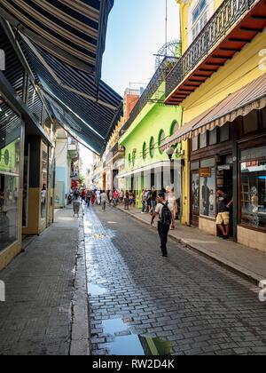 Obispo shopping street in the centre of Havana, capital of Cuba - Stock Image