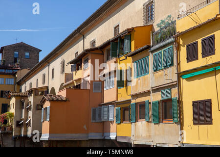 Stores and shutters of property on the Ponte vecchio famous bridge in Florence,Tuscany,Italy - Stock Image