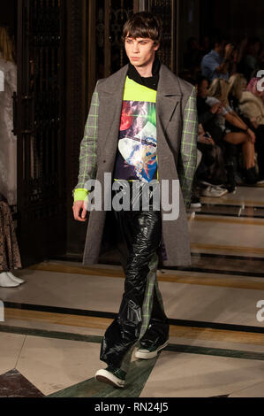 London Fashion Week: Jolin Wu AW19 show took place today at Fashion Scout, Freemason's Hall, Covent Garden, London, UK. Having graduated from  Central St. Martins College of Art and Design, Jolin formed her label in 2009. 16th February 2019. Credit: Antony Nettle/Alamy Live News - Stock Image