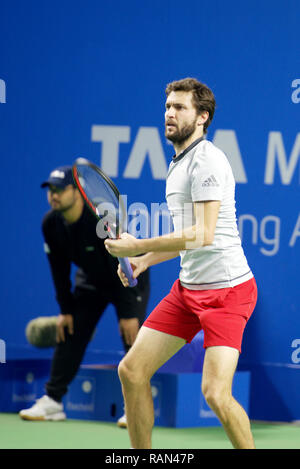 Pune, India. 4th January 2019. Gilles Simon of France in action in the second semi-final of the singles competition at Tata Open Maharashtra ATP Tennis tournament in Pune, India. Credit: Karunesh Johri/Alamy Live News - Stock Image