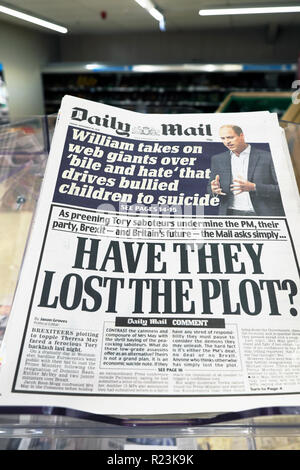 Daily Mail newspaper headlines  'Have They Lost the Plot?' on Brexit in London UK 16 November 2018 - Stock Image