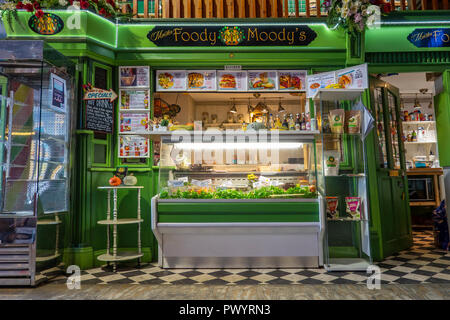 Foody Moody's,Kitchen,The Old Kent Market,Food,Bar,Antiques,Novelties,Gifts,The Parade,Margate,Thanet,Kent - Stock Image