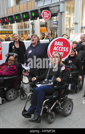 London, UK. 5th April, 2017. Protestors from the Transport for All campaign demonstrating at London Bridge station - Stock Image