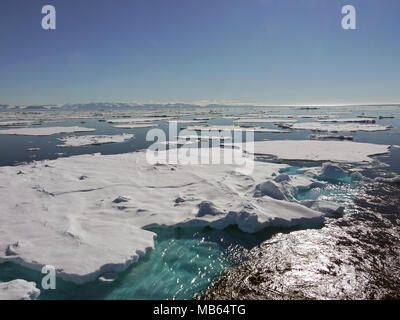 Large expanse of pack ice at above 80 degrees north and only 600 nautical miles from the North Pole - Stock Image