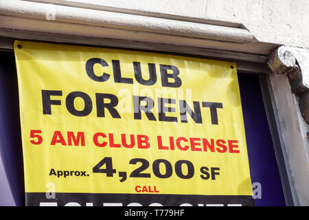 Miami Beach Florida Washington Avenue club license for rent sign commercial real estate - Stock Image
