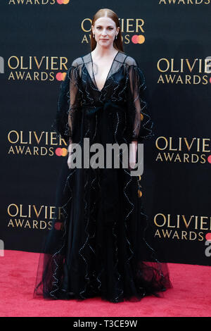 Rosalie Craig poses on the red carpet at the Olivier Awards on Sunday 7 April 2019 at Royal Albert Hall, London. . Picture by Julie Edwards. - Stock Image