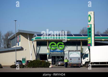 Rivington Services M61 also known as Bolton West Services Operated by Euro Garages in Bolton - Stock Image
