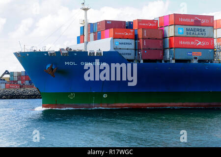 Container ship Mol Genesis in Fremantle harbour, Fremantle, Western Australia - Stock Image