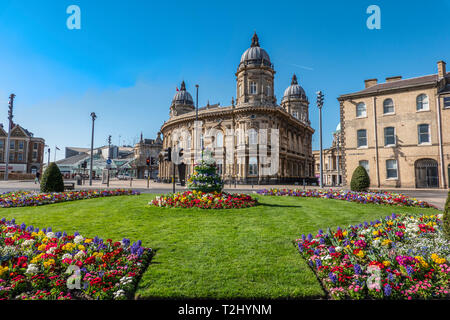 Maritime Museum,Hull,Kingston upon Hull,England The Princes Quay shopping Centre on the left. - Stock Image