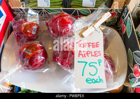 Toffee Apples priced 75 pence each for sale in North Yorkshire in 2018 - Stock Image