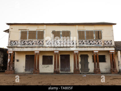 Old french colonial building in the UNESCO world heritage area, Sud-Comoé, Grand-Bassam, Ivory Coast - Stock Image