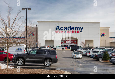 HICKORY, NC, USA-12-19-18: A local Academy Sports + Outdoors store, one of a chain of discount sporting good, based in Harris County, Texas. - Stock Image