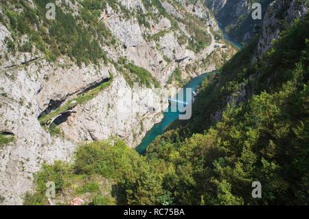 The Piva River canyon in Pluzine municipality in northwestern Montenegro, August 29, 2018. (CTK Photo/Libor Sojka) - Stock Image