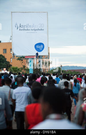 Kigali, Rwanda. 7th April 2014. Rwandans take part in 'Kwibuka Twiyubaka' Walk to Remember.  The walk started at the Rwandan Parliament and ended at Amahoro stadium. This year marks the 20th anniversary of the genocide against the Tutsis. During the approximate 100-day period from April 7, 1994 to mid-July, an estimated 500,000–1,000,000 Rwandans were killed, constituting as much as 20% of the country's total population and 70% of the Tutsi then living in Rwanda.© Alamy - Stock Image