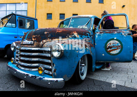 Bielsko-Biala, Poland. 12th Aug, 2017. International automotive trade fairs - MotoShow Bielsko-Biala. Old Chevrolet Thriftmaster. Credit: Lukasz Obermann/Alamy Live News - Stock Image
