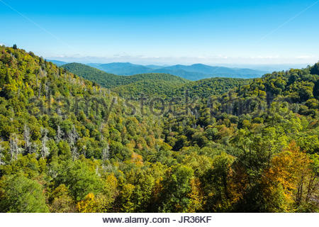 United States, North Carolina, Haywood County. Blue Ridge Mountains from the Blue Ridge Parkway. - Stock Image
