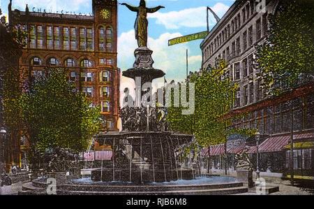 Cincinnati, Ohio, USA - Fountain Square - Stock Image
