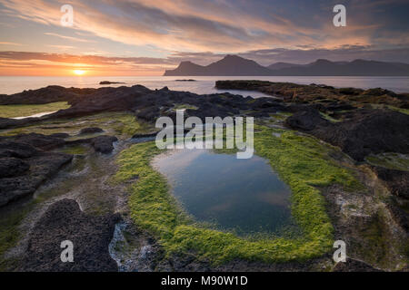 Sunrise at Gjógv on the longest day of the year, Eysturoy, Faroe Islands, Denmark. Summer (June) 2017. - Stock Image