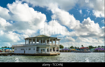Houses at Haulover Creek in Belize City - Stock Image