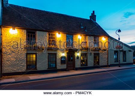 Exterior of the Smugglers Inn public house in the centre of Milford-on-Sea, Hampshire, UK - Stock Image