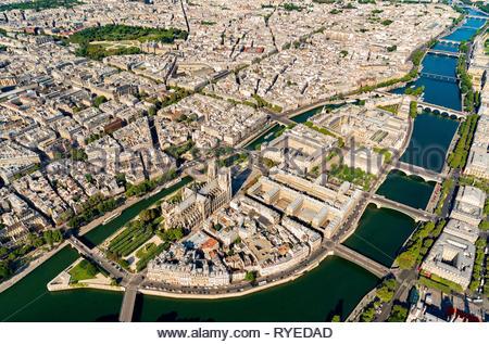 Aerial view of Ile de la Cité Paris France with Notre-Dame and Sainte Chaphine, Paris, France - Stock Image