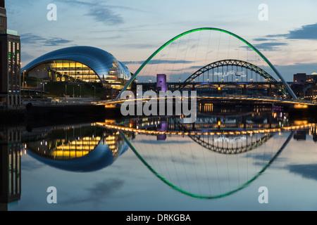 Gateshead Millennium Bridge and The Sage at dusk, Newcastle on Tyne, England - Stock Image
