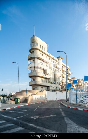 Israel, Tel Aviv - 20 October 2018:  Bauhaus architecture in Tel Aviv - Stock Image
