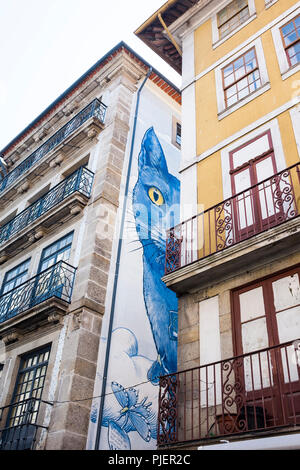 Street Art, Rua das Flores, Porto, Portugal. - Stock Image
