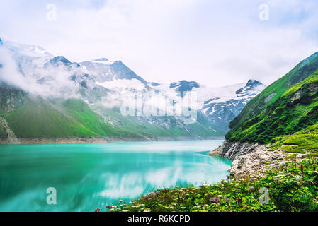 Nature landscape of Mooserboden reservoir in Alpine mountains - Stock Image