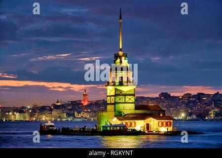 Maiden's Tower (also known as Leander's Tower), Üsküdar, Istanbul, Turkey. - Stock Image