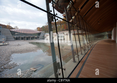 A view of the near-complete Crystal Bridges Museum of American Art in Bentonville, Ark. - Stock Image