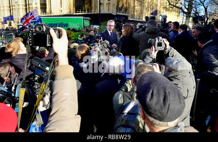 Michael Gove MP (Con: Surrey Heath) on College Green, Westminster, to discuss the vote of confidence in Theresa May's leadership of the Conservative P - Stock Image