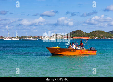 Water Taxi, Reduit Beach Rodney Bay, Saint Lucia, Caribbean. - Stock Image