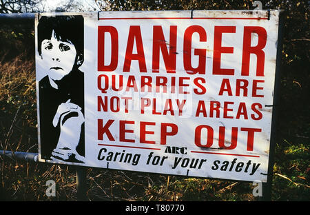 danger quarries are not play areas sign. England, UK - Stock Image