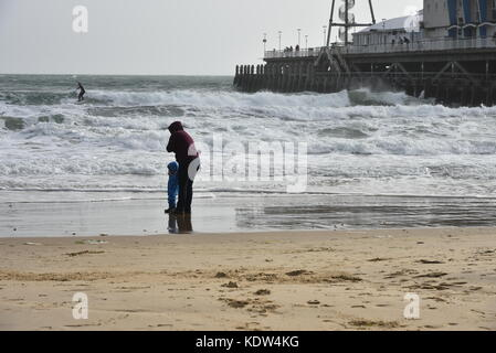 16th October, 2017  Strong winds hit the show during midday and eased in the evening. Bournemouth, UK. 16th October - Stock Image