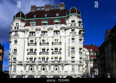 The Esplanade Buildings along the Strandvagern area of Stockholm City, Sweden, Europe - Stock Image