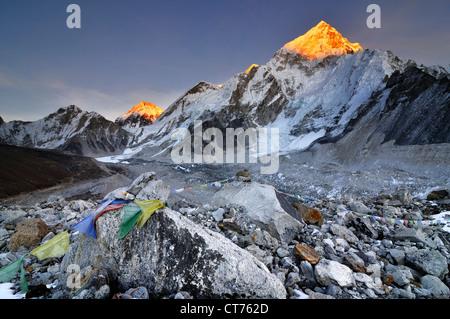 Nepal mountain landscape at sunset - Stock Image