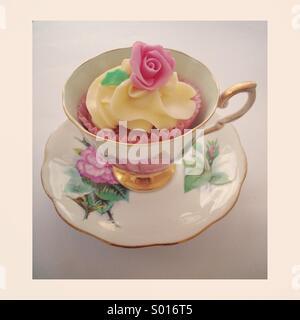 Tea cupcake - Stock Image