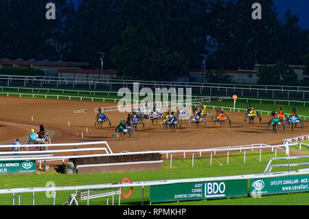 Nightly Harness racing in Cagnes sur Mer hippodrome (French Riviera) - Stock Image